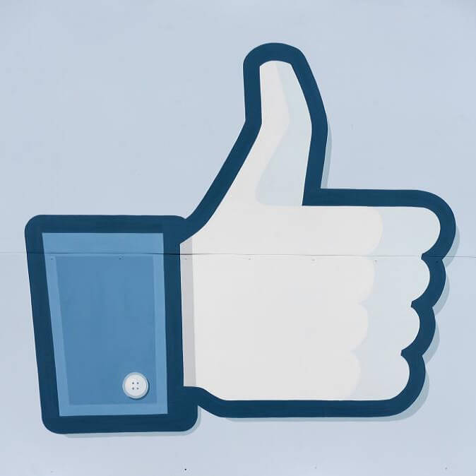 10 TIPS FOR Successful Facebook Marketing